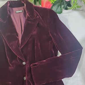 Tahari Velvet jacket size xs